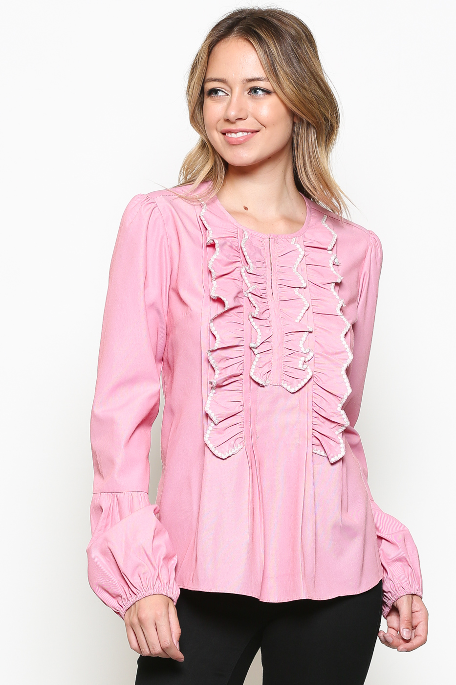 EMBROIDERED RUFFLE BLOUSE WITH BLOUSAN SLEEVE