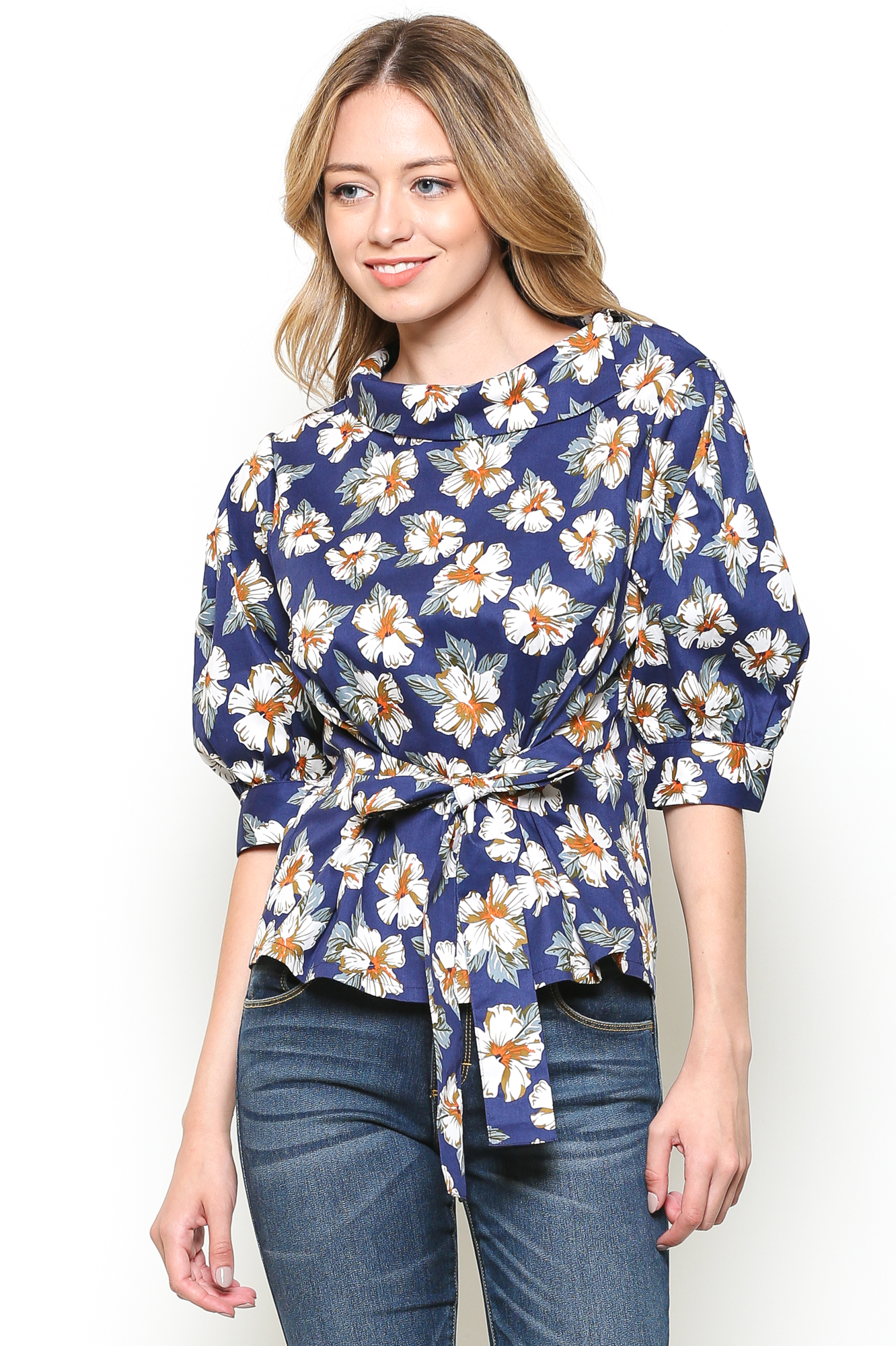 1/2 Puff Sleeve Lapel Blouse